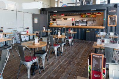 d8825d9fd913 Salomon cafe